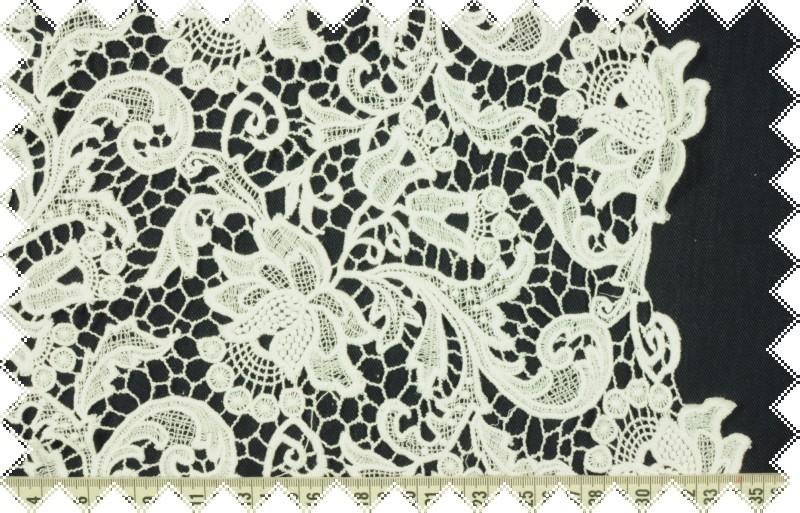 Čistě bílá exkluzivní španělská krajka, š.115 cm